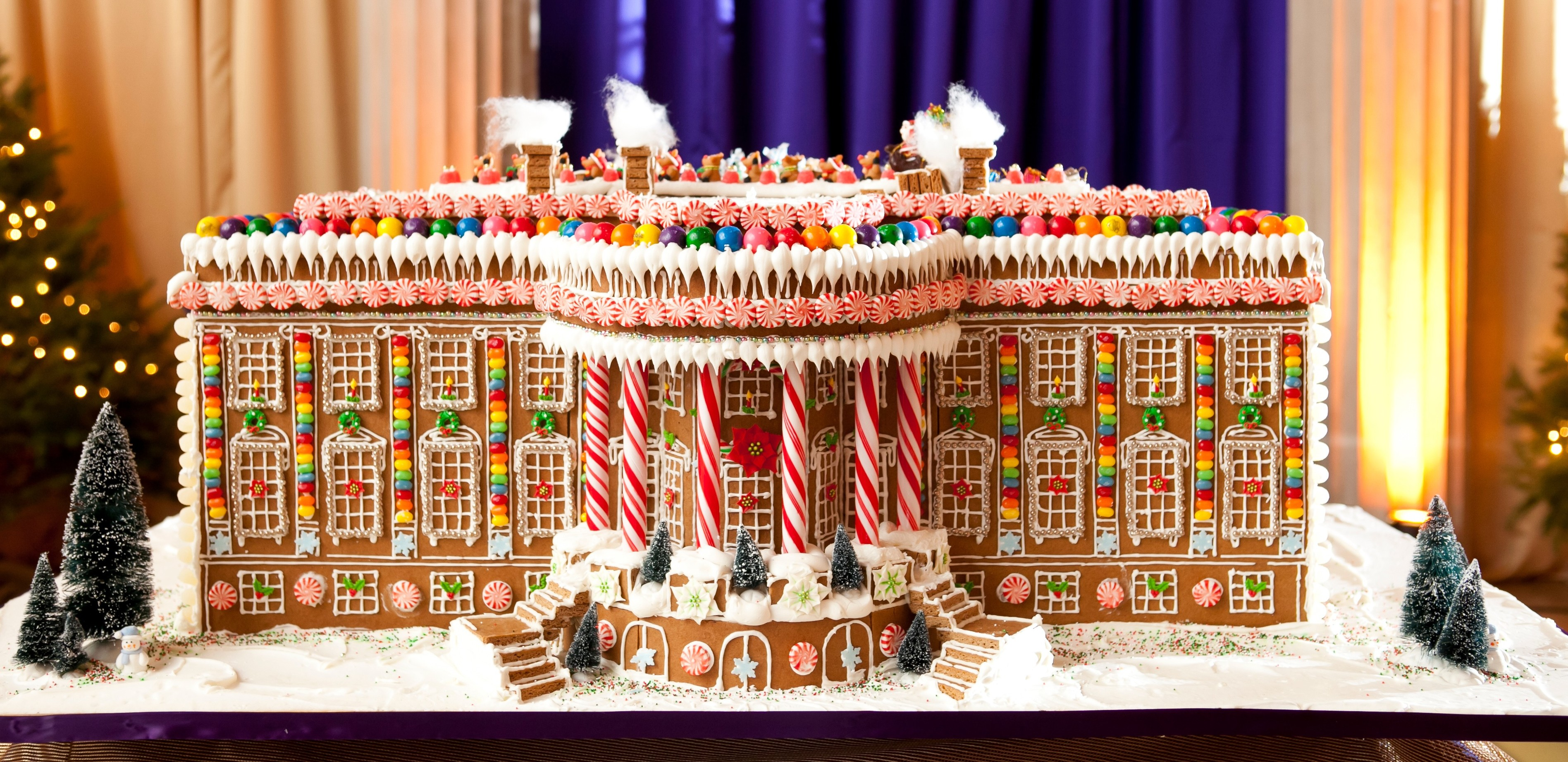 Premade Gingerbread Houses Buying Guide Gingerbread Houses The Ribthe Rib